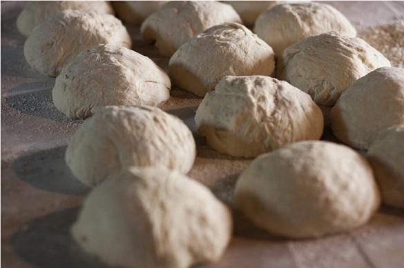 Павел Скурихин: Цены на хлеб растут вместе с долларом. хлеб