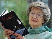 Для одинокой 93-летней писательницы жизнь только начинается