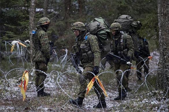 НАТО обвиняет Россию в вербовке прибалтийских солдат. НАТО обвиняет Россию в вербовке прибалтийских солдат