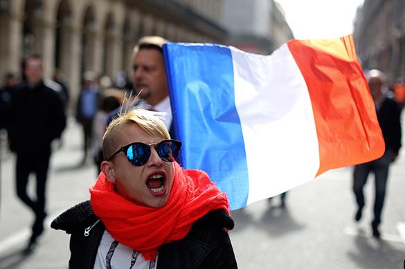 Опрос: французы любят Путина больше, чем Трампа