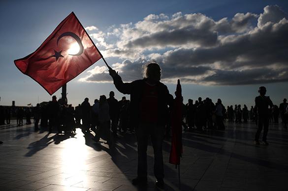 Пламен ПАСКОВ: Турция жиреет за счет России
