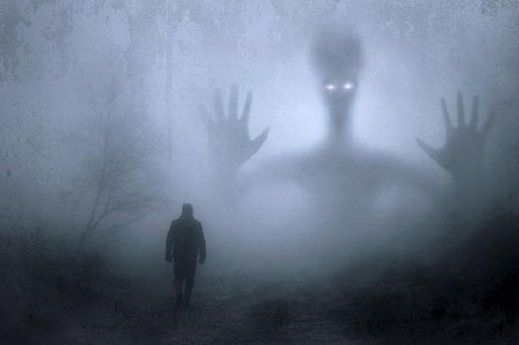 Психологи выяснили, почему люди боятся темноты и так  ли это страшно. Психологи выяснили, почему люди боятся темноты и так ли это стра