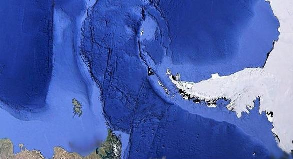 На дне океана обнаружены загадочные тоннели. 395206.jpeg