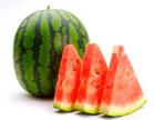 Арбуз состоит из легкоусвояемого сахара - глюкозы и фруктозы