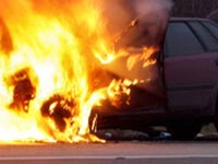 В Москве подожгли четыре милицейские машины