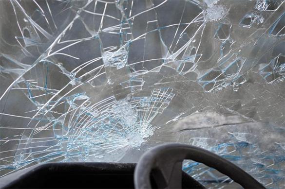 В Москве столкнулись пассажирский автобус и автомобиль: есть погибший. В Москве столкнулись пассажирский автобус и автомобиль: есть пог