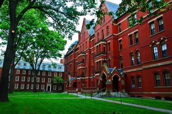 Американка подала в суд на Гарвардский университет, обвинив руководство в расизме. 401210.jpeg
