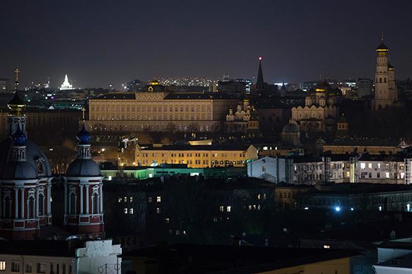 Дом правительства Московской области на час погрузился во тьму.