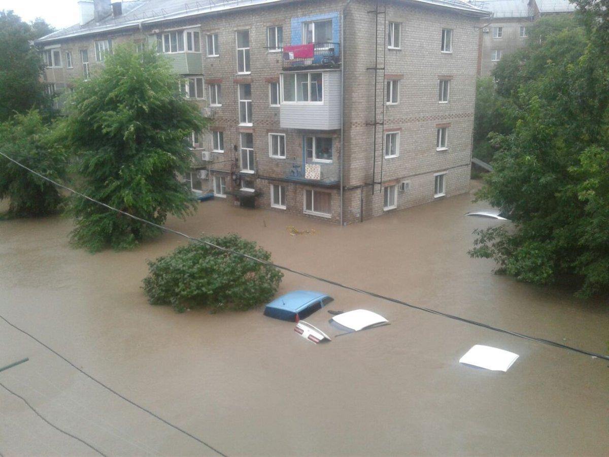 Дождевой апокалипсис в Приморье — Уссурийск ушел под воду, размыт