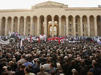 Оппозиция перекроет дороги в Тбилиси