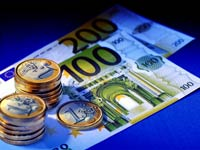 Эксперты предрекают новое падение евро