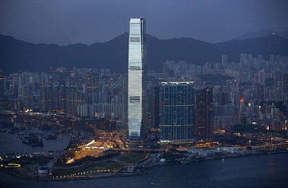 В Гонконге у здания правительства задержаны 40 человек. В Гонконге задержаны 40 человек