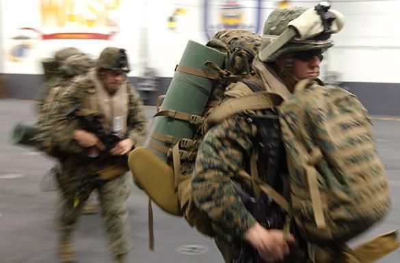 В США набирают русскоговорящих мужчин для учебных тренировок с морпехами США. Цена -  за час. военные США