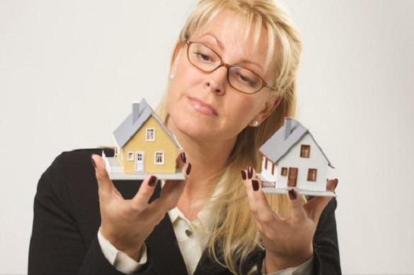 Сделки с жильем заключают мужчины, но выбор остается за женщинами — эксперты. 400216.jpeg