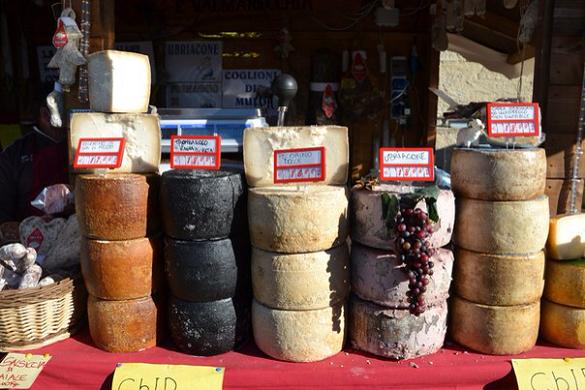 В России подешевели мягкие сыры. Часть продуктов в России снизилась в цене