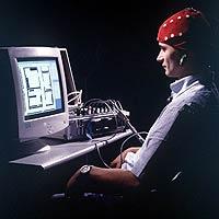 Интерфейс управления компьютером сигналами мозга