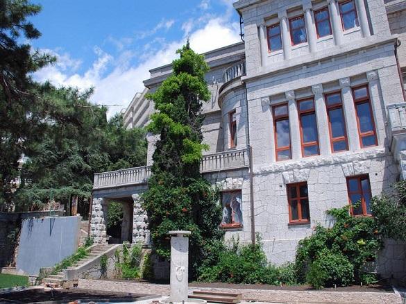 Дворец царского времени на юге Крыма продается за миллиард. 398225.jpeg