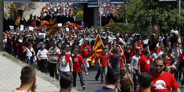Европарламент поставил премьер-министру Македонии ультиматум. Македония, волнения
