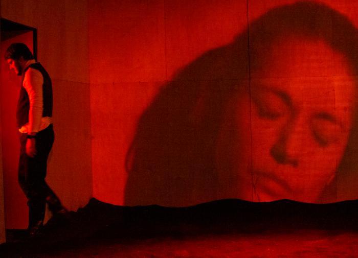 Водитель одного из столкнувшихся в Подмосковье автобусов был