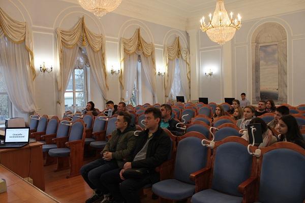 Центр Ломоносова открывает Академический лицей. 404231.jpeg