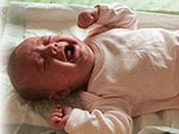 Мать-наркоманка оставила грудного ребенка в подъезде