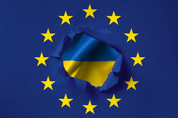 Подписан документ об отмене виз для украинцев