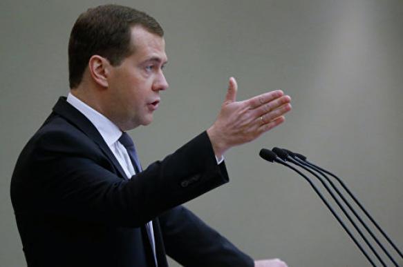 Медведев пообещал не увеличивать налоги в ближайшие шесть лет. 403233.jpeg
