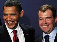 Обама и Медведев довольны диалогом