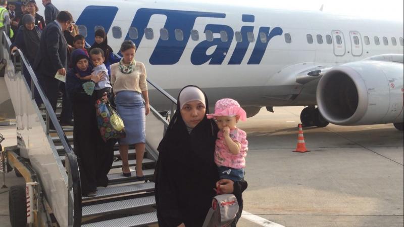 Детский омбудсмен привезла в Москву детей, вывезенных из Ирака. Детский омбудсмен привезла в Москву детей, вывезенных из Ирака