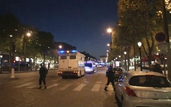 В Париже произошла перестрелка, убит полицейский