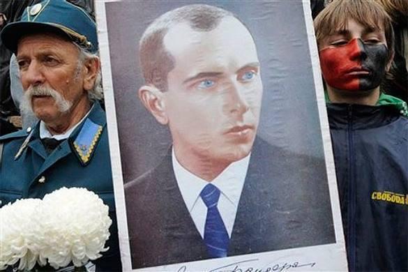 Польский политик отчитал Порошенко за героизацию повстанческой армии. Польский политик отчитал Порошенко за героизацию повстанческой а