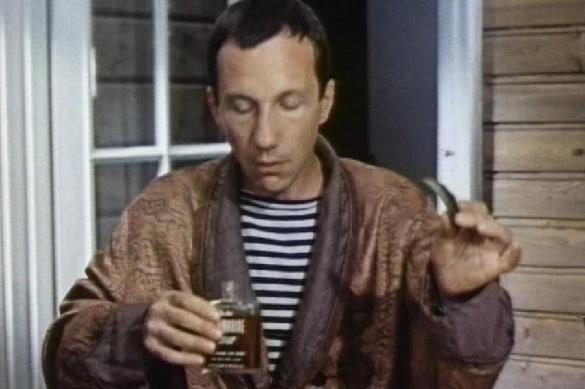 """Власти отучат россиян пить одеколон и """"боярку"""" с помощью рвоты. 382237.jpeg"""