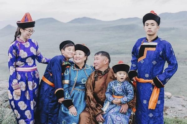 """Фотоконкурс """"Мама и дети в национальных костюмах"""" стартовал в России. 405239.jpeg"""