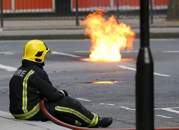 В Италии пожарные специально поджигали леса, чтобы заработать денег. В Италии пожарные специально поджигали леса, чтобы заработать де