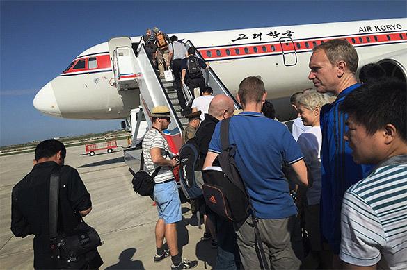Самолет, вылетевший изПхеньяна вПекин, начал разваливаться ввоздухе