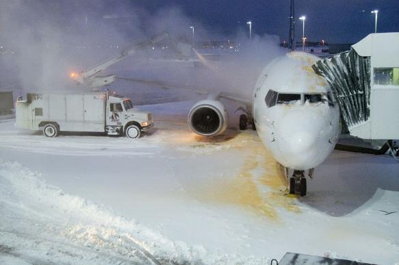 Самолет задел крылом трап в аэропорту Калининграда. 397244.jpeg