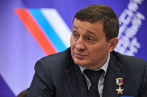 Волгоградскому губернатору ищут телохранителей. Волгоградскому губернатору ищут телохранителей
