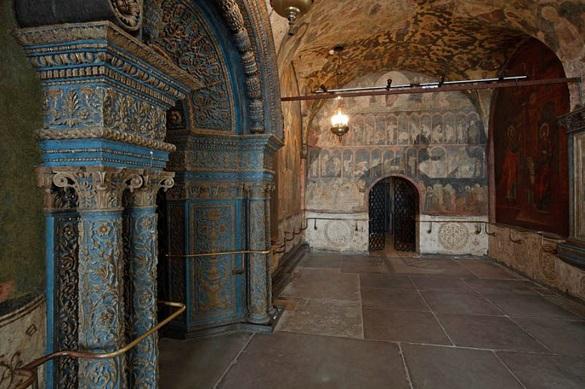 На месте храма Чуда Михаила Архангела в Кремле создадут подземный музей. 402246.jpeg