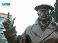 В Тбилиси открылся памятник героям