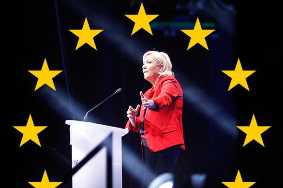 Марин Ле Пен уйдет с поста президента, если французы останутся в
