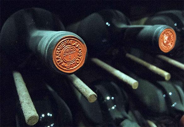 В Крыму обнаружили более 500 тыс. бутылок с контрафактным алкоголем. 311251.jpeg