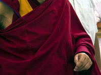 Боксер сменил перчатки на монашеское одеяние. 259254.jpeg