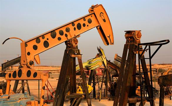 Нефть слегка снизилась в цене. нефть, добыча