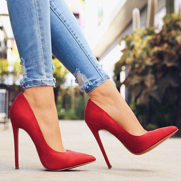 Новые туфли - новые мозоли!.... Высокие каблуки