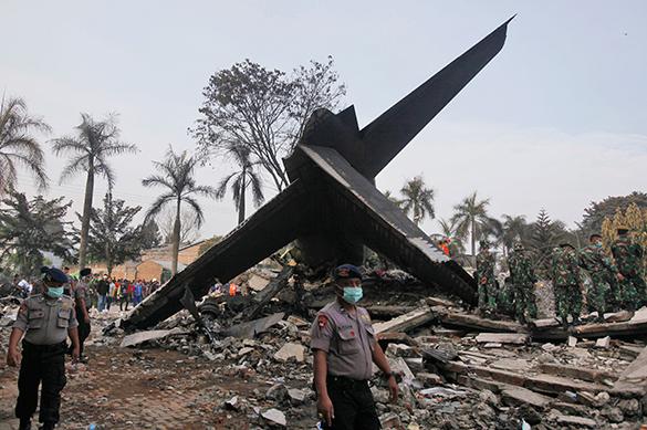 Спасатели нашли обломки самолета