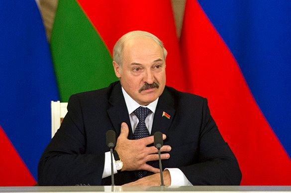 Лукашенко мешает объединению двух антироссийских пятен