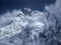 Альпинист умер в Гималаях, не дождавшись помощи