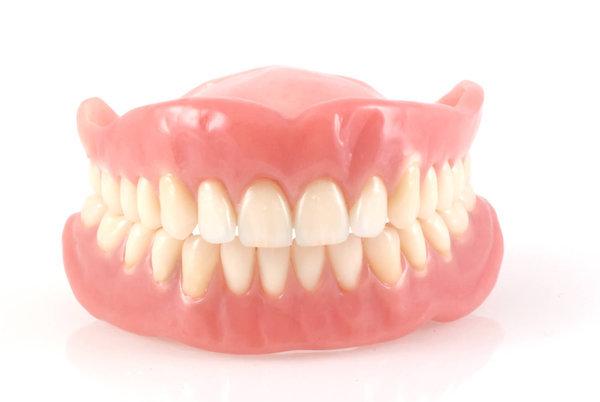 Прощание с пломбой. микропротезы на зубы