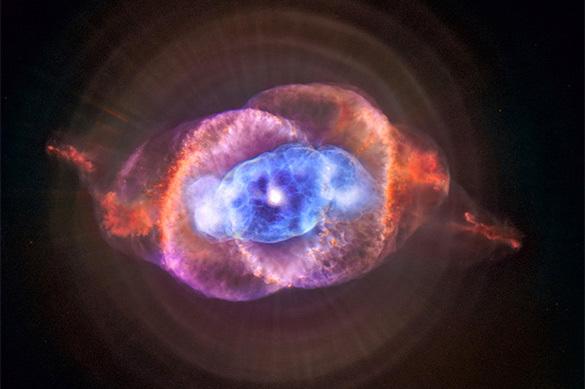 Ученые: новорожденная звезда схожа на огромный гамбургер
