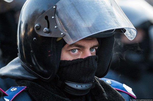 МВД Украины требует оставить под стражей бойцов
